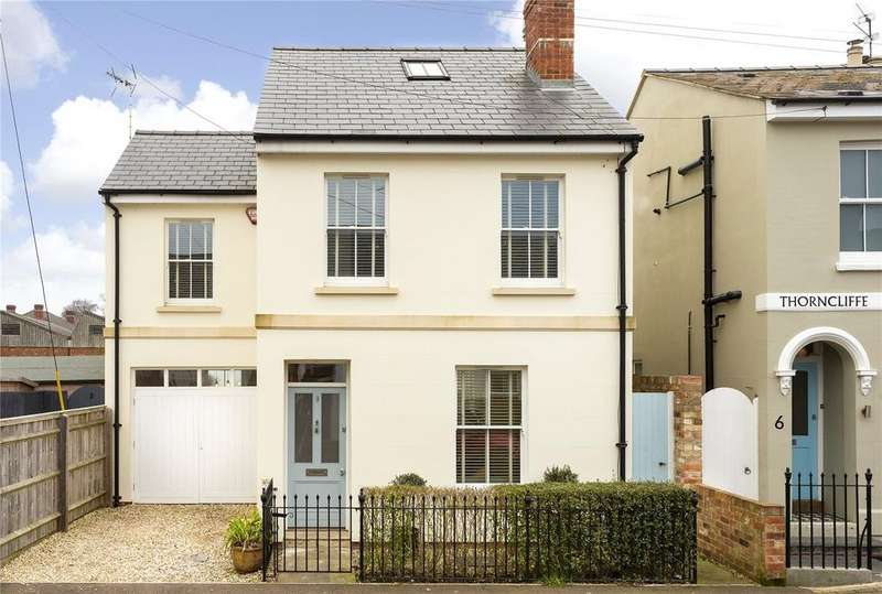 3 Bedrooms Detached House for sale in Moorend Crescent, Leckhampton, Cheltenham, Gloucestershire, GL53