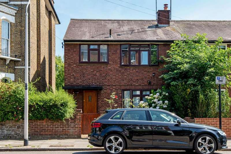 3 Bedrooms Semi Detached House for sale in Lady Margaret Road, Kentish Town, London, NW5