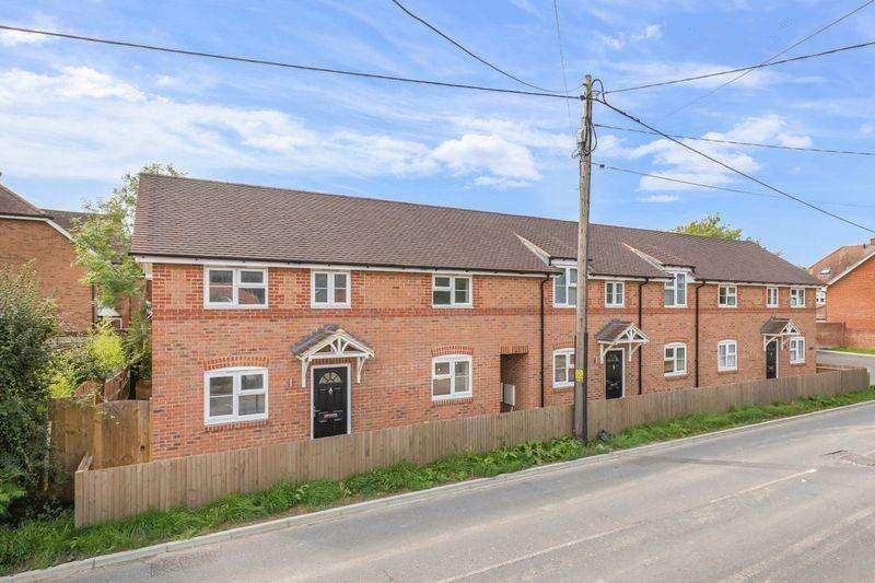 3 Bedrooms End Of Terrace House for sale in Upper Horsebridge, Hailsham