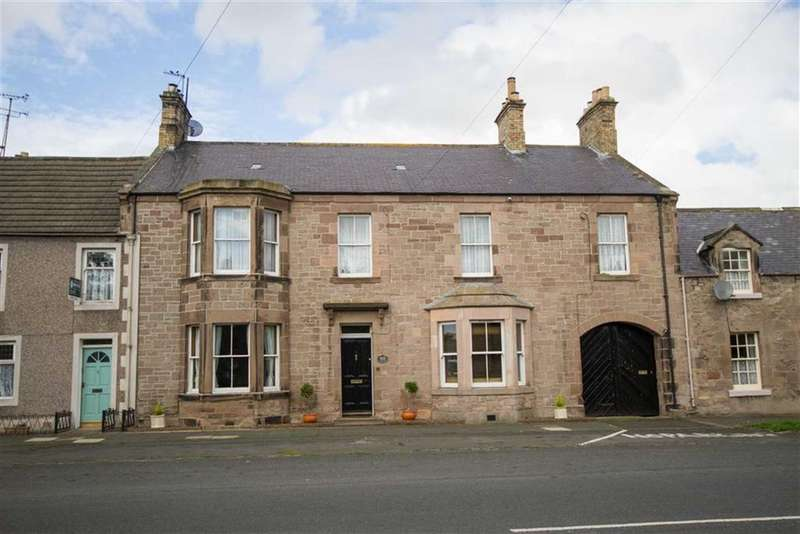 6 Bedrooms Terraced House for sale in Castle Street, Norham, Northumberland, TD15