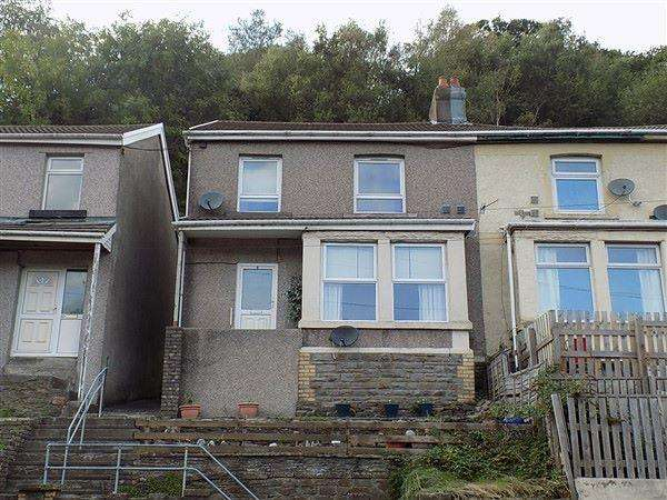 3 Bedrooms Semi Detached House for sale in Aberbeeg Road, Abertillery, NP13 2EG