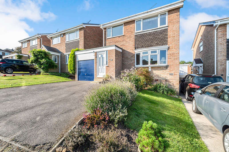 4 Bedrooms Detached House for sale in Rembrandt Drive, Dronfield, S18