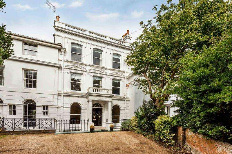 7 Bedrooms Unique Property for sale in Kent Road, Southsea