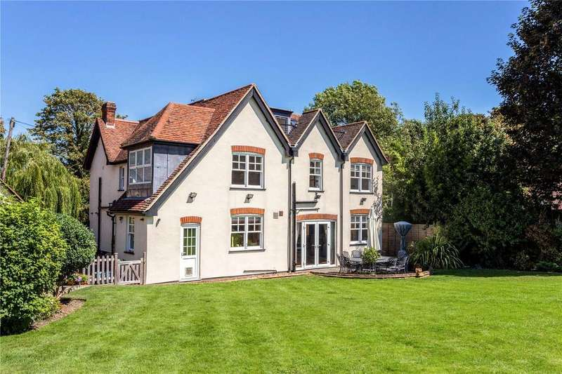 6 Bedrooms Detached House for sale in Coopersale Street, Epping, Essex, CM16