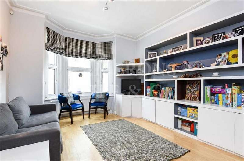 3 Bedrooms Terraced House for sale in Charteris Road, Queens Park, London, NW6