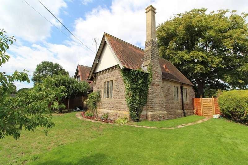 3 Bedrooms End Of Terrace House for sale in Bristol Road, Wraxall
