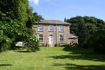 4 Bedrooms Detached House for sale in Camborne, Cornwall, .