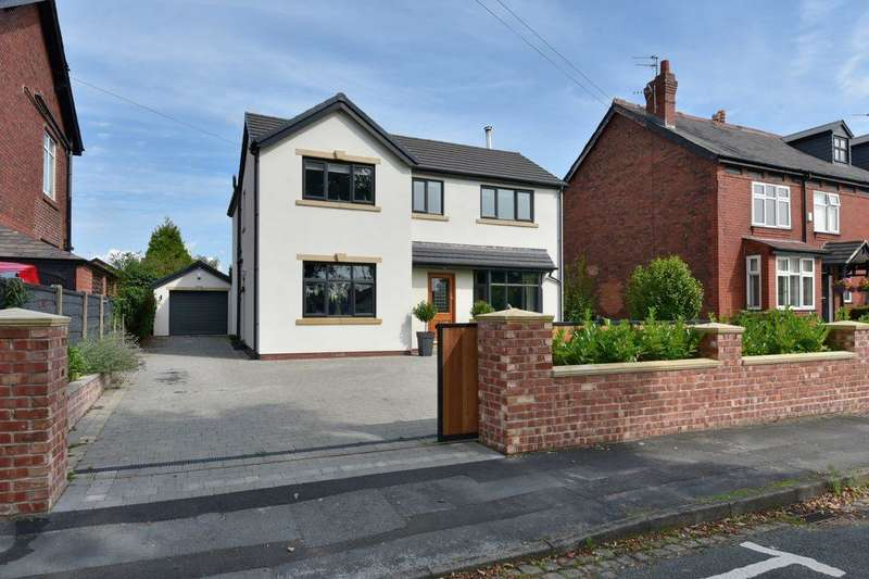 4 Bedrooms Detached House for sale in Douglas Road, Hazel Grove, Stockport, SK7 4JG