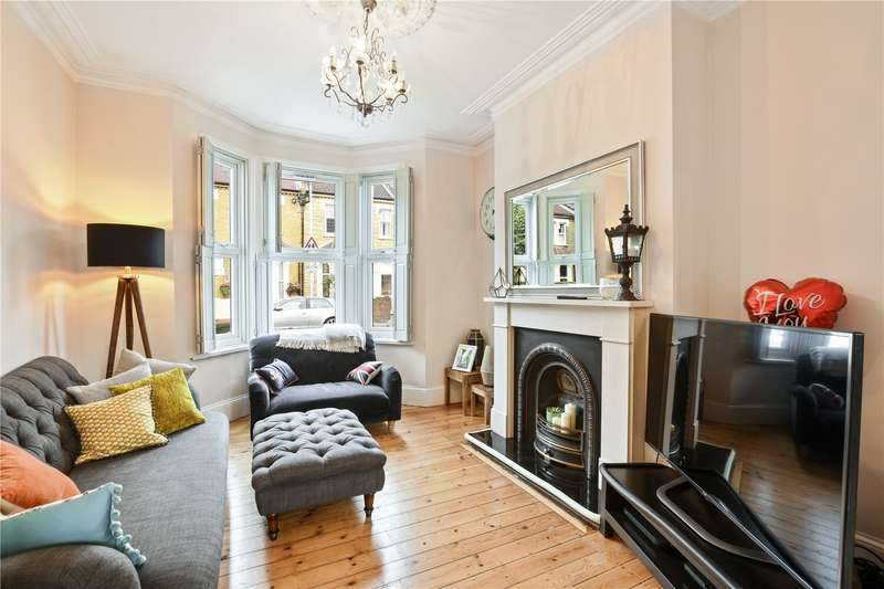 4 Bedrooms Terraced House for sale in Eleanor Road, Stratford, London, E15
