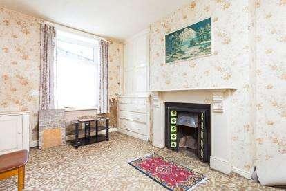 2 Bedrooms Terraced House for sale in Duke Street, Colne, Lancashire, ., BB8
