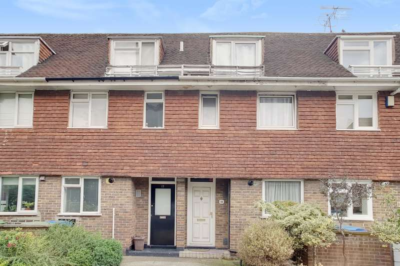 3 Bedrooms Terraced House for sale in Alberta Street, London , SE17 3SF