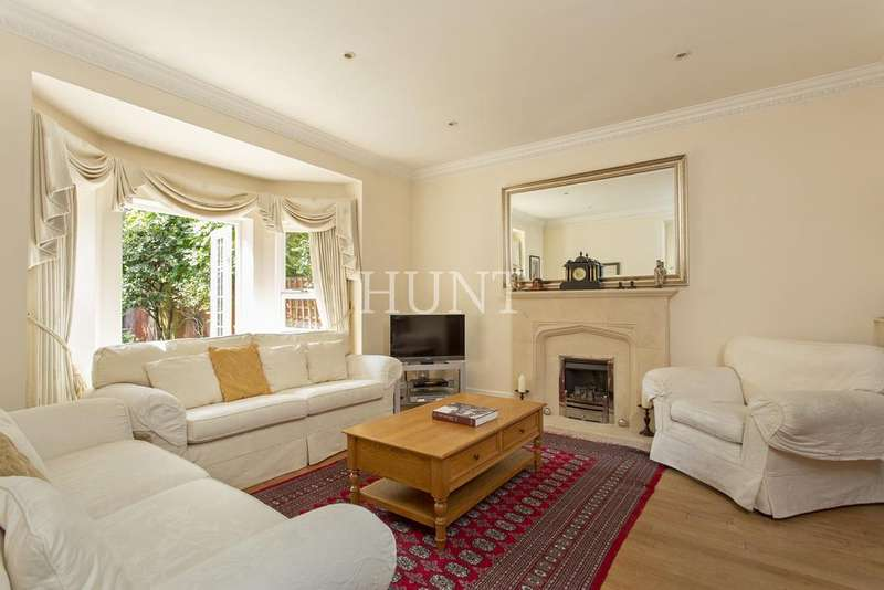 4 Bedrooms End Of Terrace House for sale in Regents Drive, Woodford Green, Essex IG8