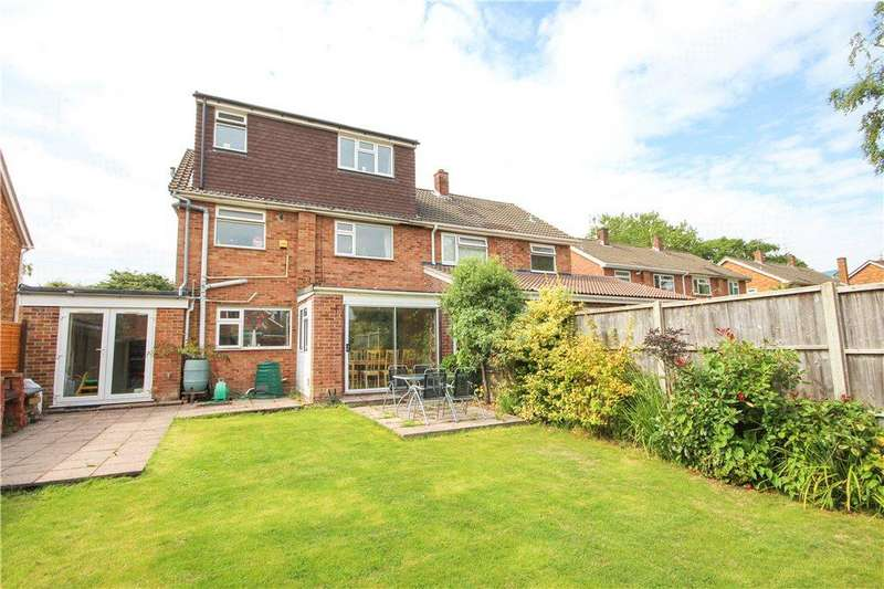 4 Bedrooms Semi Detached House for sale in Ively Road, Farnborough, Hampshire, GU14