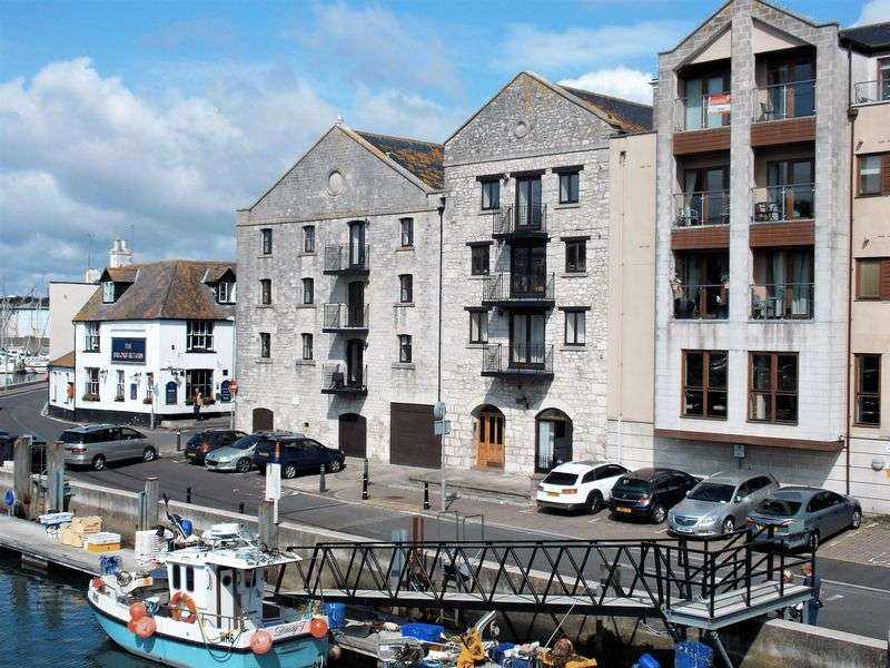 3 Bedrooms Property for sale in Harbourside, Weymouth