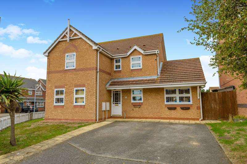 4 Bedrooms Detached House for sale in Alexandra Road, Great Wakering, GREAT WAKERING