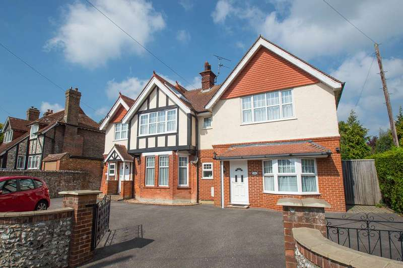 6 Bedrooms Detached House for sale in Church Street, Willingdon, Eastbourne