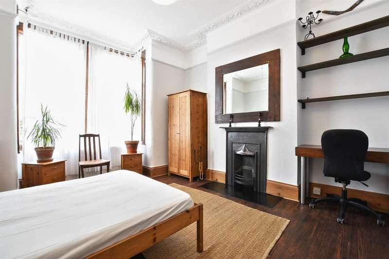 2 Bedrooms Flat for sale in Casseldean Road, London, NW10 8QR