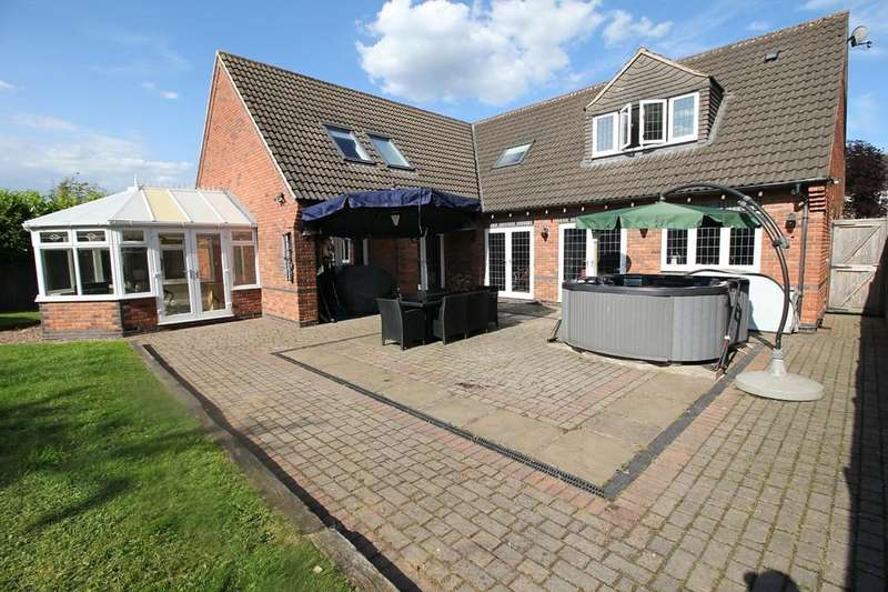 5 Bedrooms Detached House for sale in Hortons Close, Glen Parva, Leicester