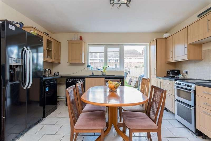 3 Bedrooms Terraced House for sale in Peck Avenue, Boston, Lincs