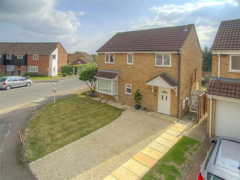 4 Bedrooms Detached House for sale in Trent Close, St. Ives, Cambridgeshire