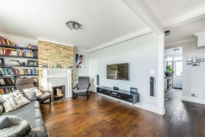 3 Bedrooms Flat for sale in Pennine Mansions, Pennine Drive, London, NW11