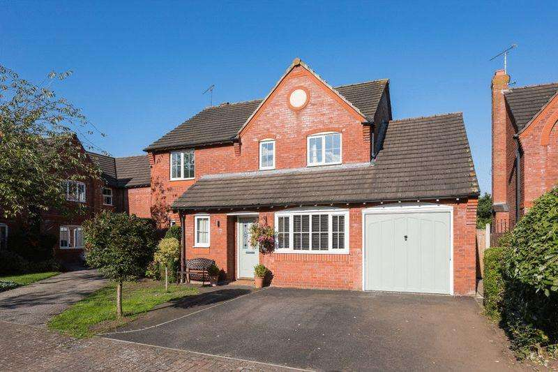 4 Bedrooms Detached House for sale in Willow Court, Nantwich