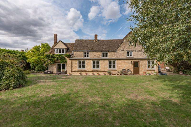 5 Bedrooms House for sale in Inglestones, Main Road, Long Hanborough, Witney, Oxfordshire