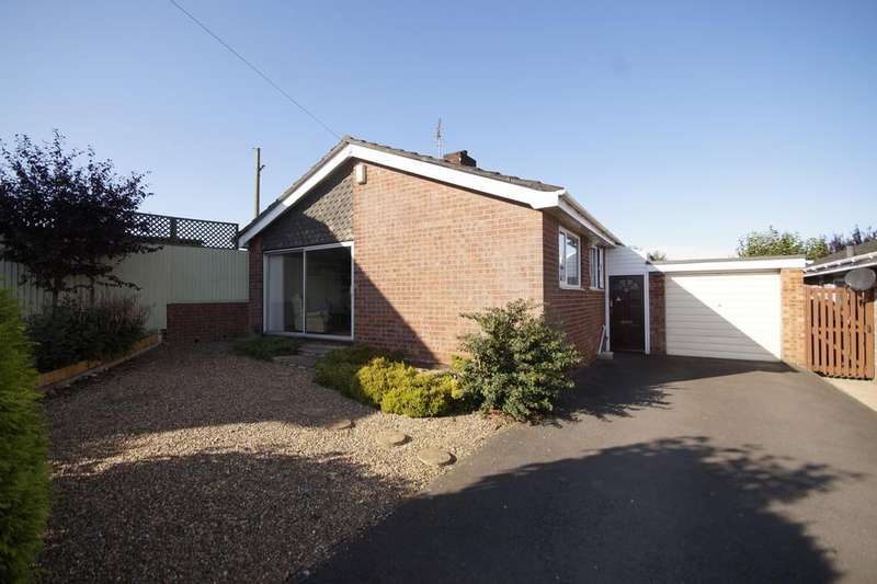 3 Bedrooms Detached Bungalow for sale in Granson Way, Washingborough, Lincoln