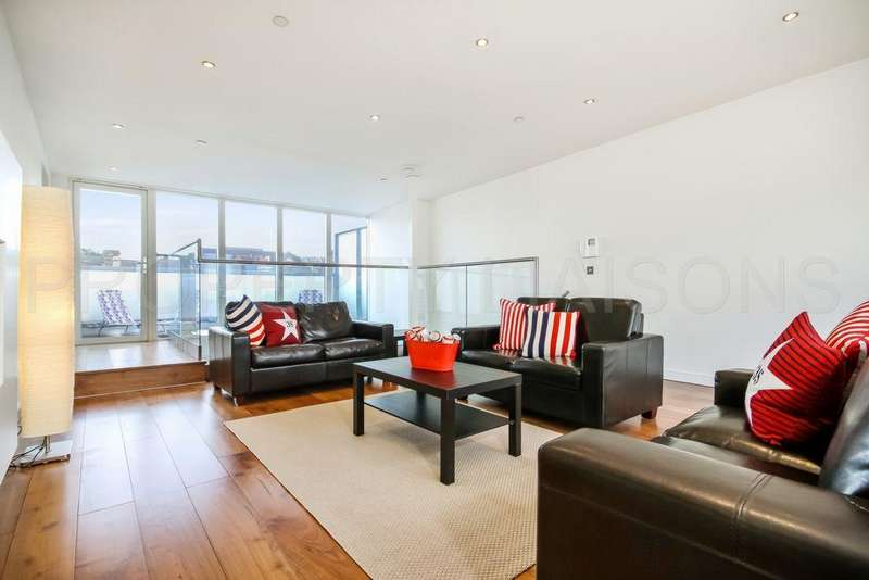 4 Bedrooms Duplex Flat for sale in Blenheim Court, Denham Street, Greenwich, SE10