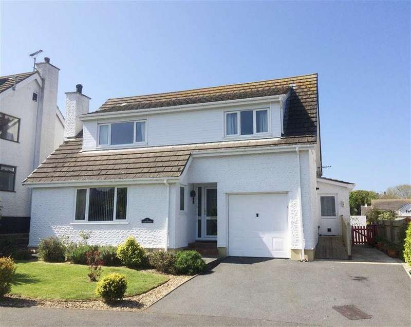 4 Bedrooms Detached House for sale in Bay View Road, Benllech, LL74