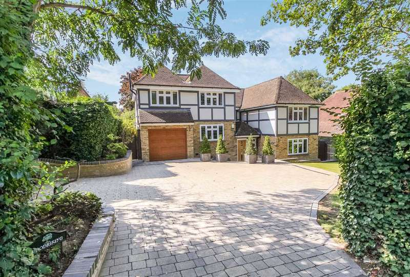 4 Bedrooms Detached House for sale in Woodrising, Mount Avenue, Hutton Mount, Shenfield