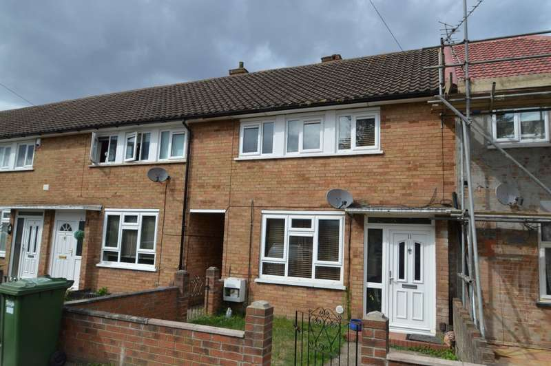 3 Bedrooms Terraced House for sale in Parry Green North, Langley, SL3