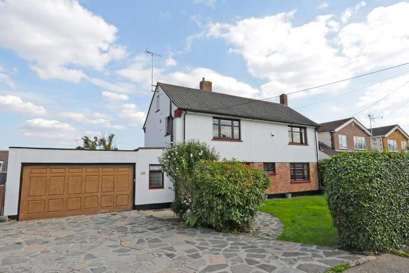 3 Bedrooms Detached House for sale in Cedar Road, Thundersley SS7