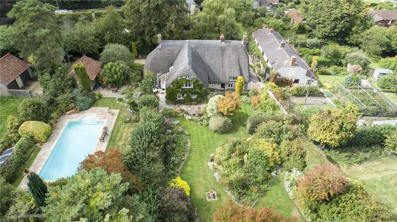 5 Bedrooms Detached House for sale in Buckland Newton, Dorchester, DT2