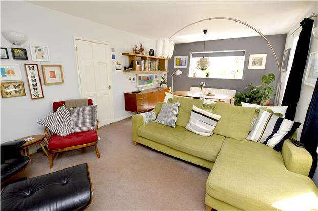 4 Bedrooms Semi Detached House for sale in Arundel Drive, Rodborough, Gloucestershire, GL5 3SH