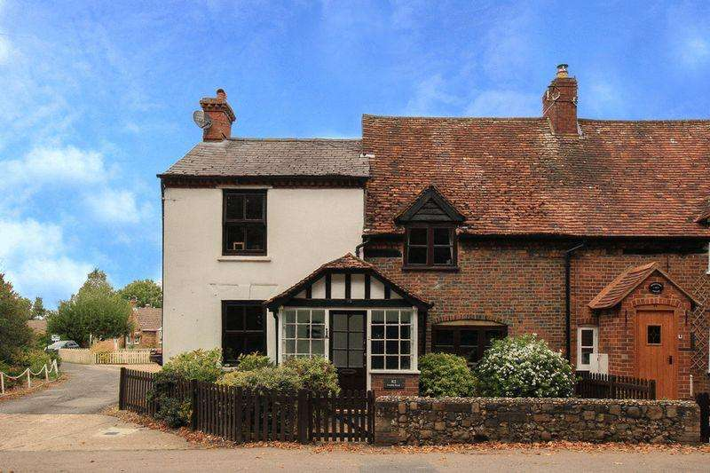 3 Bedrooms Cottage House for sale in Aston Clinton