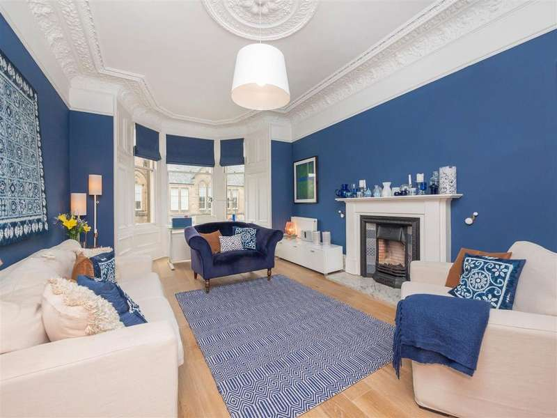 3 Bedrooms Flat for sale in 82/3 Marchmont Crescent, Edinburgh
