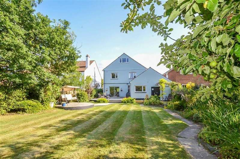6 Bedrooms Detached House for sale in Eaton Road, Leigh-on-sea, Essex
