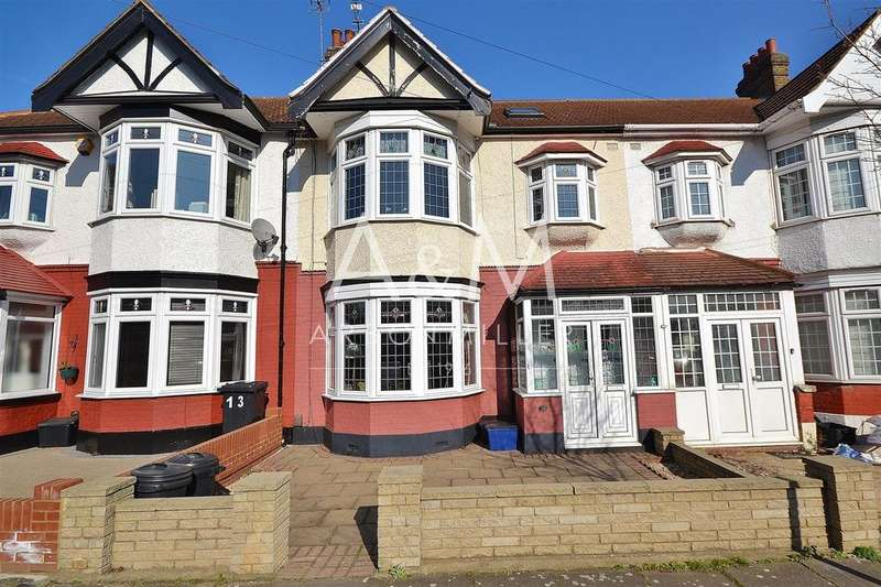 4 Bedrooms Terraced House for sale in Campbell Avenue, Barkingside