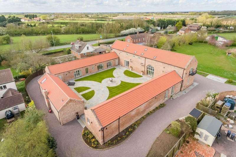 6 Bedrooms Barn Conversion Character Property for sale in Boston Road, Sibsey, Boston