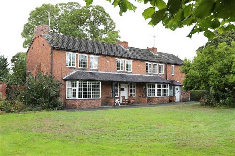 4 Bedrooms Detached House for sale in Broughton Lane, Crewe, Crewe