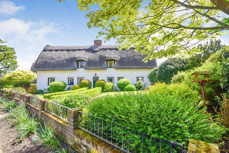 3 Bedrooms Cottage House for sale in Church End, Shalford, Braintree
