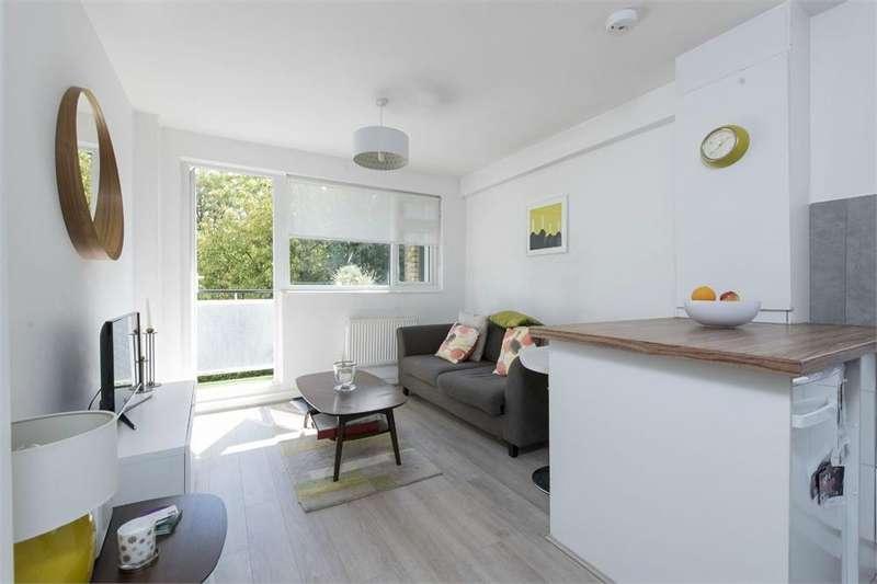 1 Bedroom Flat for sale in Lindsay Court, Battersea High Street, Battersea