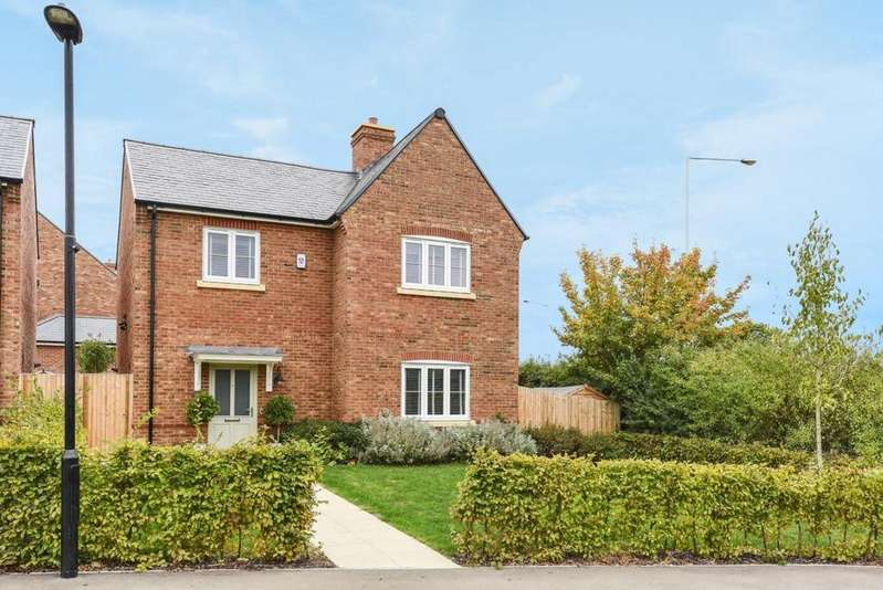 4 Bedrooms Detached House for sale in Warfield, Bracknell, RG42