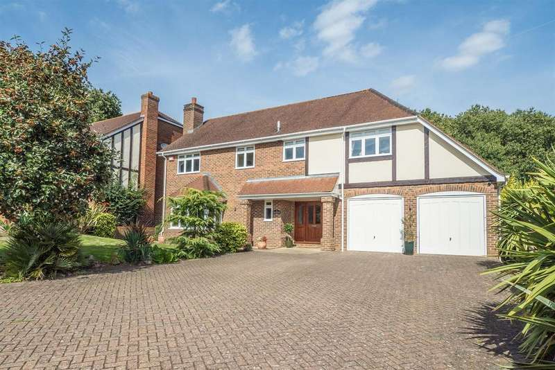 5 Bedrooms Detached House for sale in Wents Wood, Weavering, Maidstone