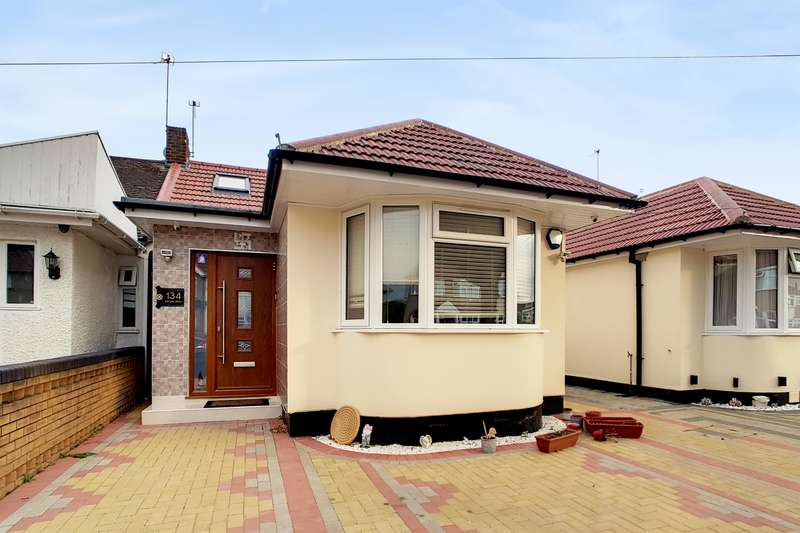 4 Bedrooms Bungalow for sale in Allenby Road, Southall, UB1