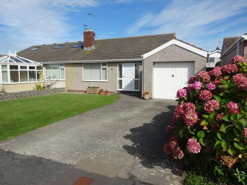 2 Bedrooms Semi Detached Bungalow for sale in Mor Awel, Abergele