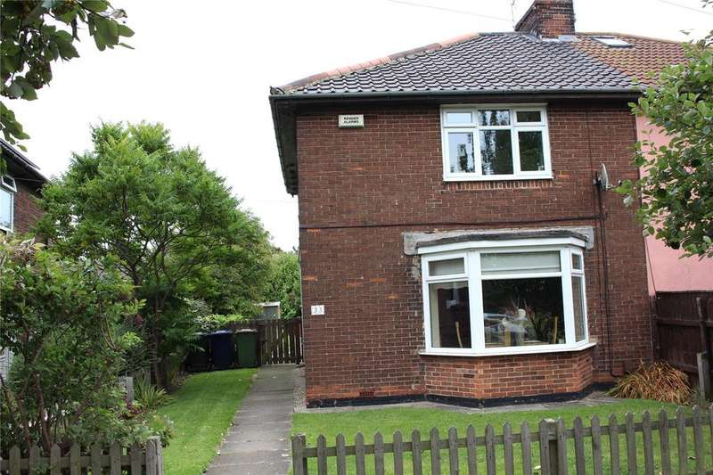 2 Bedrooms Semi Detached House for sale in The Green, Redcar