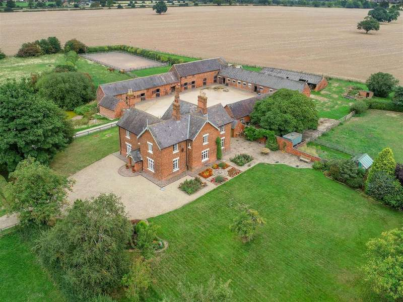 5 Bedrooms Farm House Character Property for sale in Newbold Verdon, Leicestershire, LE9