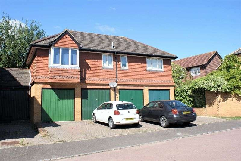 2 Bedrooms Property for sale in Poundfield Way, Twyford